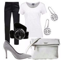 Il classico binomio jeans nero e t-shirt bianco reinventato in questo outfit ! Ho aggiunto una décolleté rigata. Piccola borsa a tracolla in pelle bianca. Cintura nera con logo, orecchini con righe di strass.