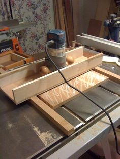 Router Sled on the table saw