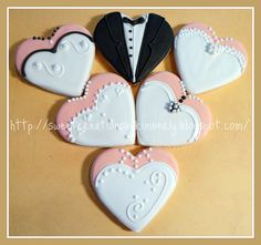 heart bride and groom clothes