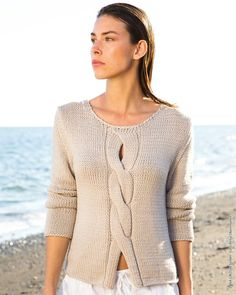Knitting Patterns Pullover Model of the month February 2018 Hand Knitted Sweaters, Sweater Knitting Patterns, Knitting Designs, Crochet Patterns, Summer Knitting, Free Knitting, Knit Fashion, Crochet Clothes, Pulls