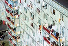 Ehrenparade der NVA zum 30. Jahrestag der Gründung der DDR | BERLIN 07.10.1979 Reunification, East Germany, Socialism, Soviet Union, Cities, Blues, Image, Pictures, Anniversary