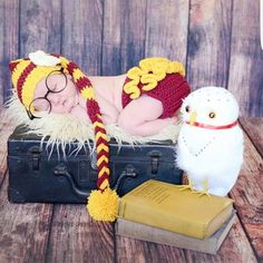 Crochet Baby Girl Harry Potter Hat Beanie Stocking Cap Flower Ruffle Diaper Cover Set Infant Newborn Photography Photo Prop Handmade Baby Shower Gift