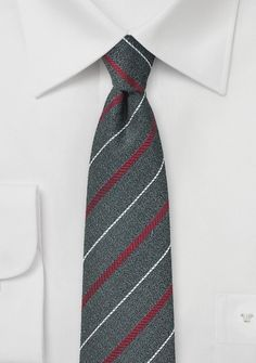 Skinny Wool Necktie in Graphite Gray