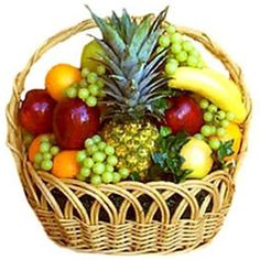 Home :: Gifts :: 3 Kgs Fruits Basket - The Fruit Basket Represents Warm Wishes To Your Cared ones. Send These Fruits Basket Through - Fruits Basket, Fruits And Veggies, Healthy Fruits, Basket Crafts, Gift Baskets, Mixed Fruit, Fresh Fruit, Fruit Hampers, Fruit Gifts