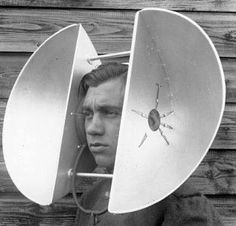 World War II acoustic devices for hearing incoming planes in the distance. Allowed soldiers to hear incoming attacks. It is significant for others to understand this technology so they can make advancements on these hearing devices. Walter Pichler, Photos Du, Old Photos, Vintage Photographs, Vintage Photos, Tecno, Retro Futurism, World War, Science Fiction