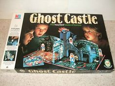 GHOST CASTLE. THE HAUNTED HOUSE BOARD GAME. VINTAGE 1980's MB GAMES: Amazon.co.uk: Toys & Games