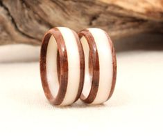 Matching Pair Layered Wood Rings от WedgewoodRings на Etsy