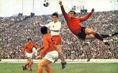 Dutch national goalkeeper Jan van Beveren. Poland-Netherlands (1970)