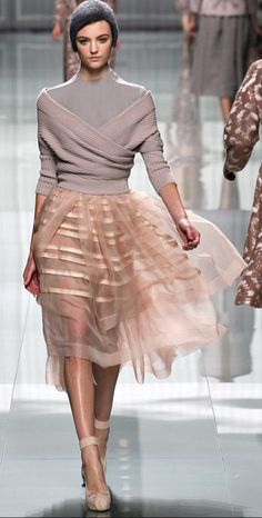 Dior....i love these textures together #fashion