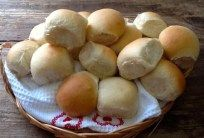 Mini Bread Rolls Best Bread Recipe, Bread Recipes, Yummy Recipes, Date Loaf, Mini Rolls, Homemade Rolls, Bread Cake, Bread And Pastries, Bread Rolls