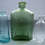 the elusive medicine bottles as vases Old Medicine Bottles, Antique Glass Bottles, Apothecary Bottles, Glass Jug, Vintage Bottles, Bottles And Jars, Perfume Bottles, Sea Glass, Mason Jars