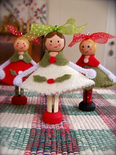 (dolly ornaments)
