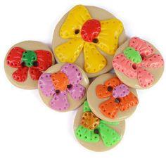 Decorative buttons Bow buttons cream buttons by LittleHappyBoom