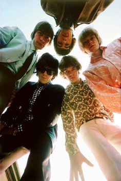 This is an example of good photography because it fills the frame, is at a different angle, and is filled with emotion. Plus it's the Rolling Stones
