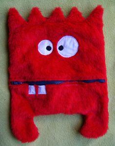 Range-pyjama monstre