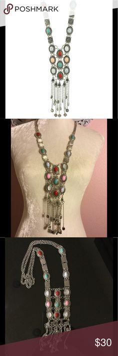 Price cut ✂️Ethnic boho necklace. Silvertone chain Ethnic boho necklace.   Silvertone chain This is an amazing piece! Accessories