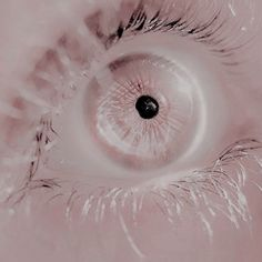 birth of the quee Pale Aesthetic, Aesthetic Photo, Pretty Eyes, Beautiful Eyes, Creepy, Ange Demon, Eye Photography, Character Aesthetic, Eye Art