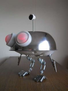 How to:  DIY your own BATTERIES NOT INCLUDED INSPIRED DESK JUNKBOT
