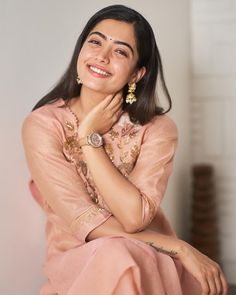 Income Tax officials raided house of Tollywood actress Rashmika Mandanna in her native place in Kodagu district for suspected tax evasion Beautiful Girl Photo, Cute Girl Photo, Beautiful Girl Indian, Beautiful Women, Most Beautiful Bollywood Actress, Cute Girl Poses, Stylish Girls Photos, Most Beautiful Faces, Beauty Full Girl