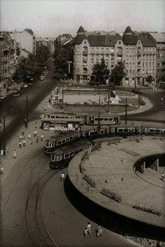 Móricz Zsigmon körtér - 1960 eleje Old Pictures, Old Photos, Vintage Photos, Magic City, Strange History, Budapest Hungary, Vintage Photography, Historical Photos, Paris Skyline
