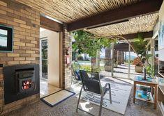 'Loeliger House' 33 Bellinghams Hill Rd, Ararat VIC | Modernist Australia
