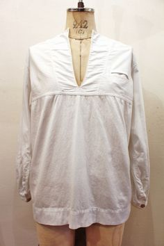 20'S~ MISS SARATOGA COLLARLESS V-NECK COTTON MIDDY TOPS (WHT) - PATINAS VINTAGE CLOSET
