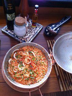 Arroz português, azeite português, Piripiri português, cataplana portuguesa. Tanto mar, tanto mar. Portuguese seafood rice.
