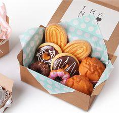 5 cajas de panadería de propósito del Multi en color blanco | Etsy Biscuits Packaging, Baking Packaging, Dessert Packaging, Food Packaging Design, Café Brunch, Food Business Ideas, Dessert Boxes, Ramadan Crafts, Star Cookies