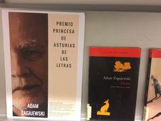 El ensayista y poeta polaco Adam Zagajewski, Premio Princesa de Asturias de las Letras 2017 Peter Handke, Centenario, Cover, Books, Poet, Door Prizes, Writers, Princess, Lyrics