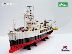 /by Konajra flickr LEGO Calypso Cousteau ship