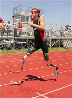 Cameron Clapp, a triple amputee after a train accident, now runs, swims and plays golf - inspiring #amputees ...