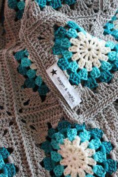 King & majkis Crochet grannywheelsquare-plaid.