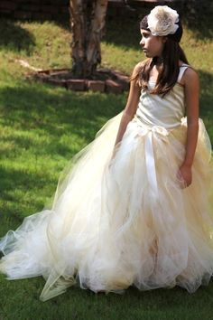 Tulle skirt ivory with a hint of gold flower by BambaroosBoutique