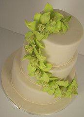 Lime green and cream wedding cake