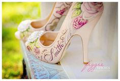 Oh my gosh! I needed these for my wedding. What an awesome idea