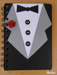 "Thème masculin pour une fête d'anniversaire : ""J'ai aussi relooké un carnet avec une couverture à l'identique de la carte pour que chacun puisse y mettre un petit mot"" Homemade Wedding Cards, Homemade Cards, Bday Cards, Stamping Up, Scrapbooking, Fathers Day, Decoupage, Diy Crafts, Invitations"