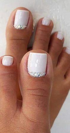 Pretty Toe Nails, Cute Toe Nails, Pretty Toes, Toe Nail Art, Gel Toe Nails, Acrylic Toe Nails, Red Gel Nails, Pedicure Colors, Manicure E Pedicure