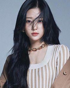 South Korean Girls, Korean Girl Groups, Japanese Girl Group, Kim Min, Sexy Asian Girls, Beautiful Celebrities, Woman Face, Kpop Girls, Idol