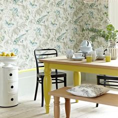 Yellow dining table. Click the photo or go to redonline.co.uk.