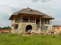 CASE ROMÂNEȘTI la comandă - arh. Liliana Chiaburu Traditional House, Romania, Homesteading, Building A House, Gazebo, Farmhouse, Outdoor Structures, House Design, Country
