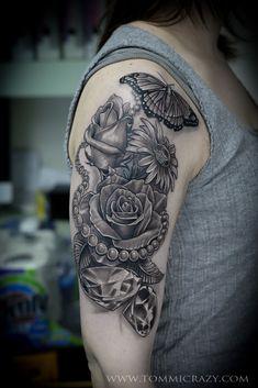 New Tattoo Rose Sleeve Diamonds Ideas Diamond Tattoos, Rose Tattoos, Girl Tattoos, Tatoos, Pearl Tattoo, Gem Tattoo, Daffodil Tattoo, Flower Tattoo Arm, Tattoo Flowers