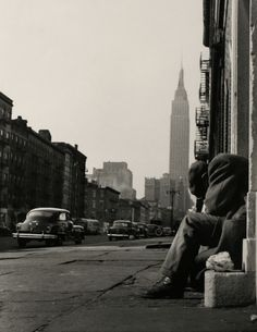 34th Street, New York, 1952.  by Larry Silver