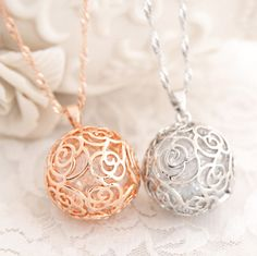 2014 Special Offer Free Shipping/Fashion Crystal Jewelry/Round Pendant/Hollow Circle Long Necklace/Evening Dress/Wedding Dress