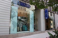Retail Display Design – RIMOWA – Store Front Display Visual Display, Display Design, Rimowa, Global Market, Retail, Neon Signs, Store, Glass, Tent