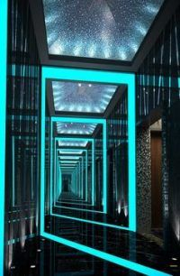 How much important is lighting for interior design decor? Discover now at luxxu. - New Deco Story Interior Ceiling Design, Modern Interior Design, Design Interiors, Interior Lighting, Blitz Design, Neon Led, Nightclub Design, Futuristic Interior, Living Room Lighting