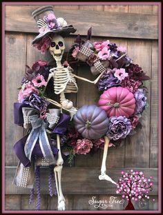 Halloween Wreath Skeleton Wreath Halloween Decor Door Wreath Front Door Wreath Deco Mesh Wreath Fall Wreath Fall Decor Welcome Moldes Halloween, Fete Halloween, Halloween Crafts, Diy Halloween Wreaths, Pink Halloween, Deco Mesh Wreaths, Holiday Wreaths, Winter Wreaths, Floral Wreaths