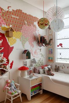 Стена в детской / Детская комната / ВТОРАЯ УЛИЦА