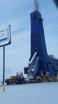 Big haul in Prudhoe Bay, Alaska Oilfield Trash, Oilfield Life, Prudhoe Bay Alaska, Welding Rigs, Drilling Rig, Oil Rig, Heavy Truck, Jeep Truck, Oil And Gas