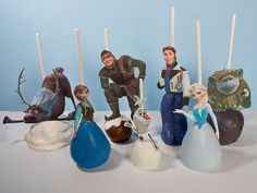 Disney Frozen Cake Pop Topper Printable - Digital file with all 7 main characters!