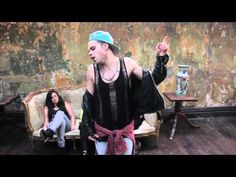"""I have no clue what, but theres just something about him that makes him so f*cking hot. SB.TV - #Vince Kidd - """"You and Me"""" - Live Performance"""